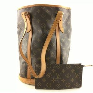 LOUIS VUITTON Bucket Bag GM